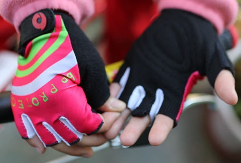 The 5 Best Kids Bike Gloves 2019
