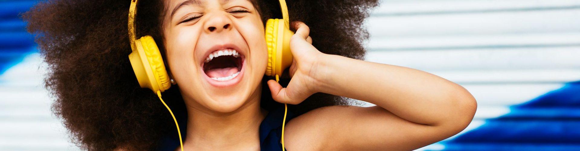 Best Headphones for Kids - KidsGearGuide